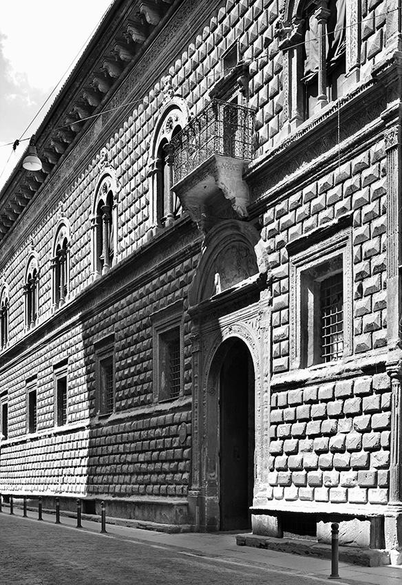 Palazzo Sanuti Bevilacqua - Bologna