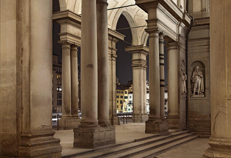 Portico degli Uffizi - Firenze